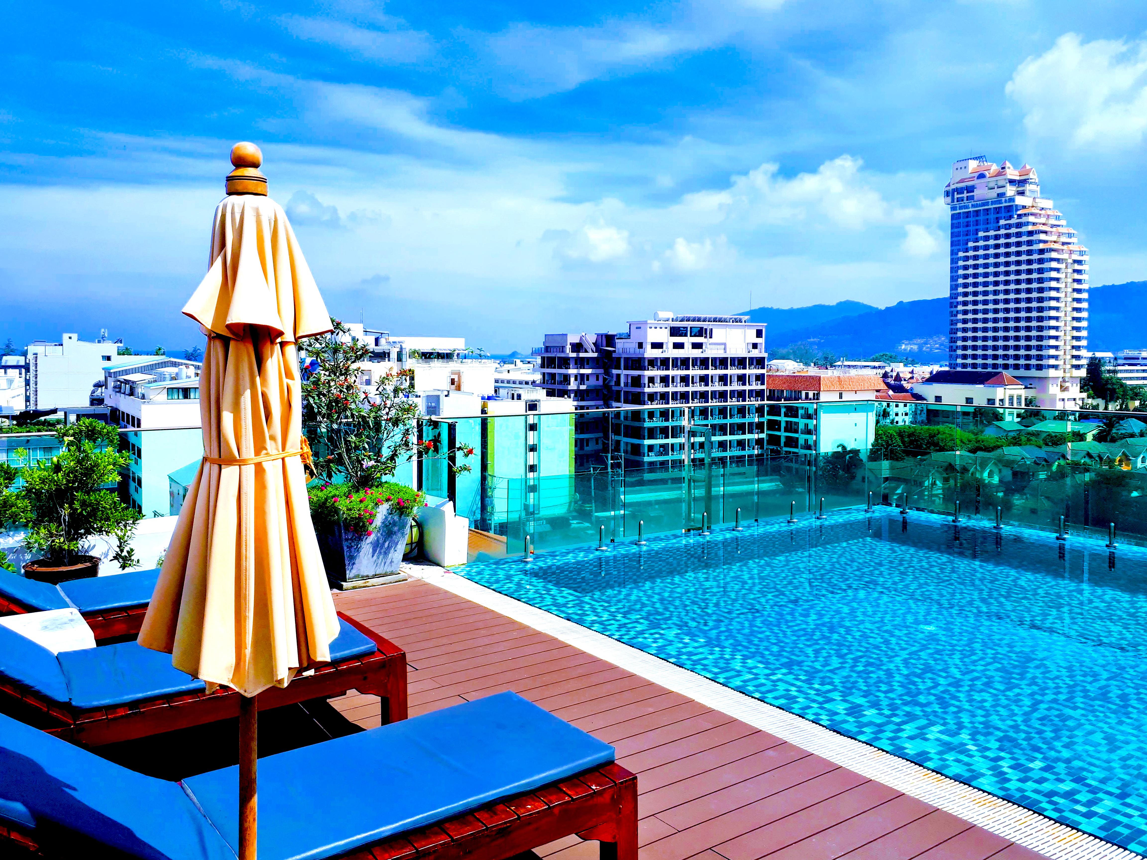 patong city hotel