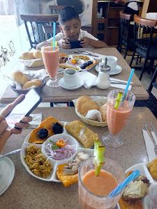 Star Cafe Gourmet 3