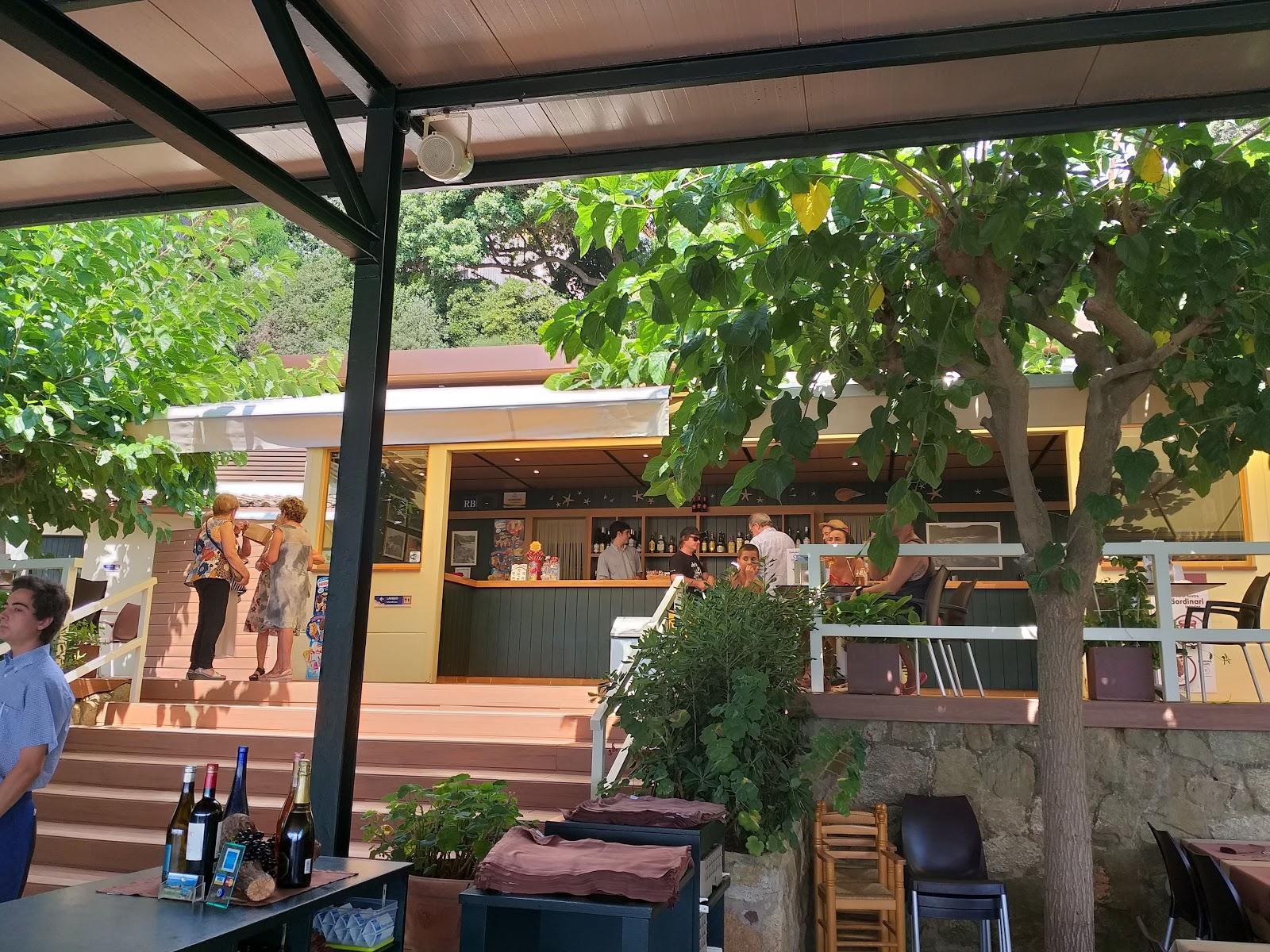 Albamar Restaurant