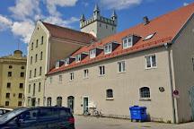Stadtbibliothek in der Aumuhle Furstenfeldbruck, Furstenfeldbruck, Germany