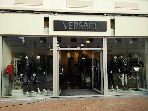Verwonderlijk Versace, Stadsweide 76, 6041 LB Roermond, Netherlands RK-23