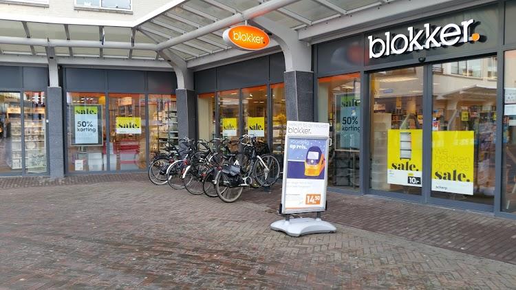Blokker Almere Globeplein Almere