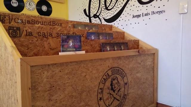 La Caja SoundBox Y Cafe Saramango