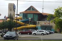 Splash Lagoon Indoor Water Park Resort, Erie, United States