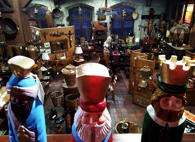 Silahis Arts & Artifacts