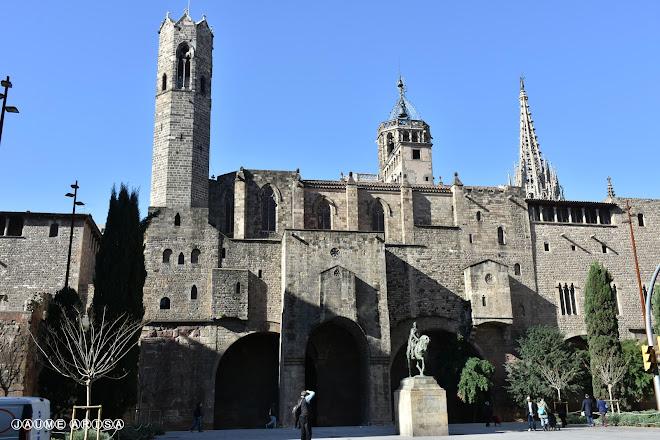 Plaza de Ramon Berenguer el Gran, Barcelona, Spain
