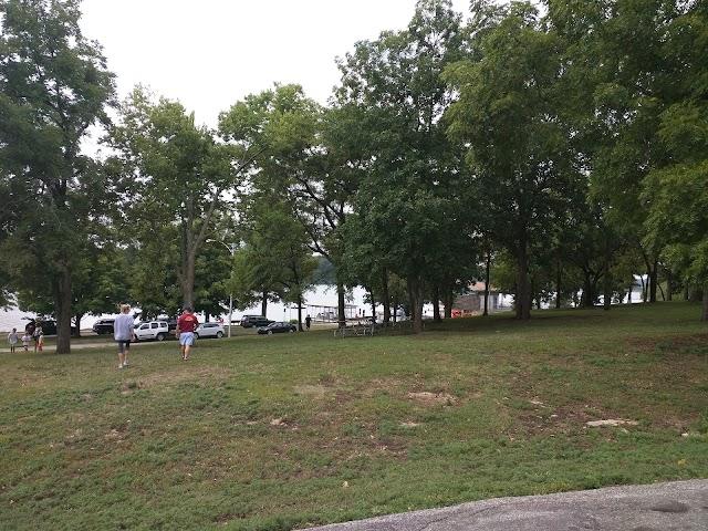 Shawnee Mission Park - Shelter 3