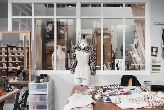Spécialiste couturière Retouche Couture Cuir et tissus - Paris et proche banlieue, Montrouge..
