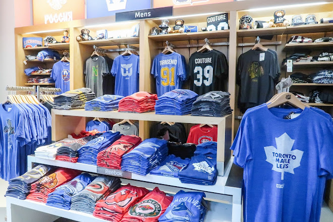 pretty nice c56d1 a2613 Visit NHL Store on your trip to New York City or United States