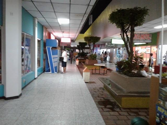 Centro Comercial Autopista Sur