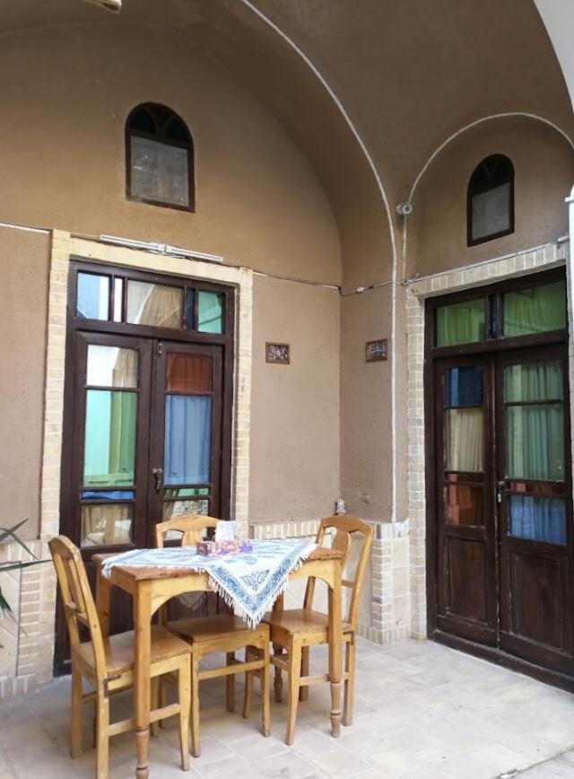 Kamalalmolk Guest House