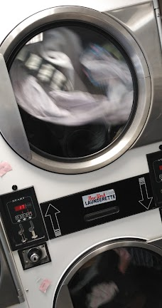 New York Launderette & Dry Cleaners