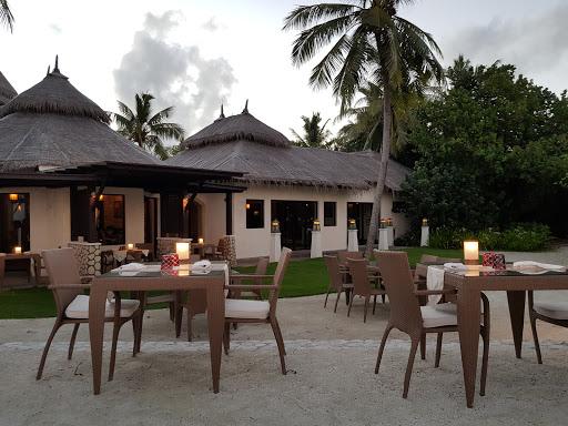 Dr Ali Restaurant Shangril La Resort Maldives