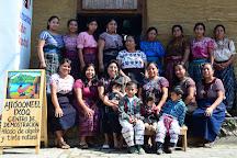 Aj Toooneel Ixoq, San Juan la Laguna, Guatemala