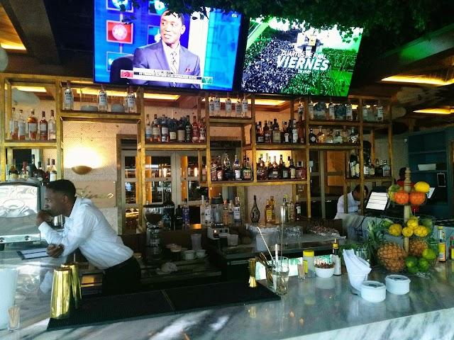 30sinco Bar & Restaurant