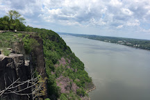 Palisades Interstate Park Commission: State Line Lookout, Alpine, United States
