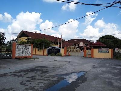 Pejabat Pendidikan Daerah Larut Matang Selama Perak 60 5 808 4119