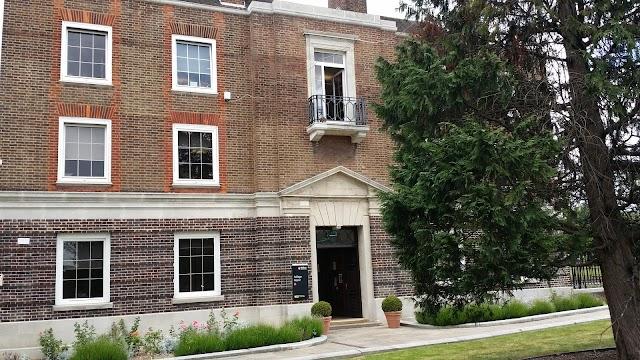 Middlesex University (Stop Q)