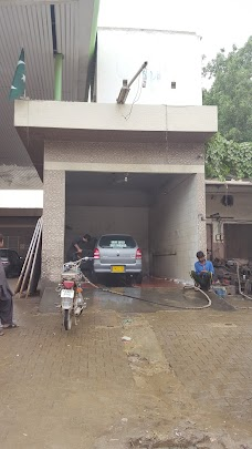 Gas Master Car Service Station karachi