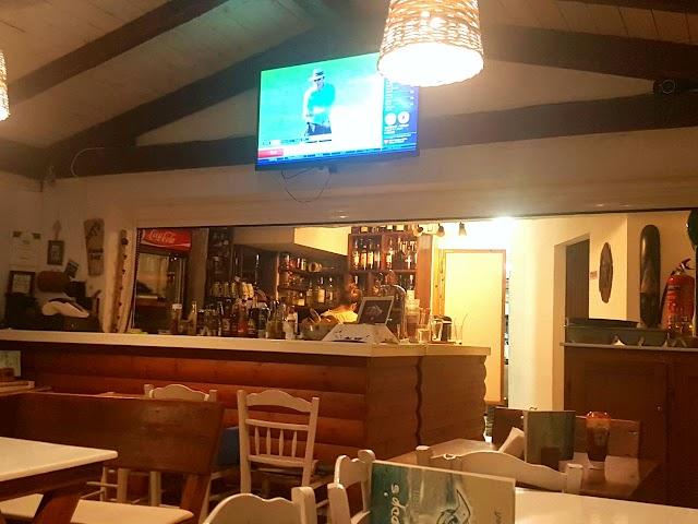 Woody's Cafe/Bar Restaurant