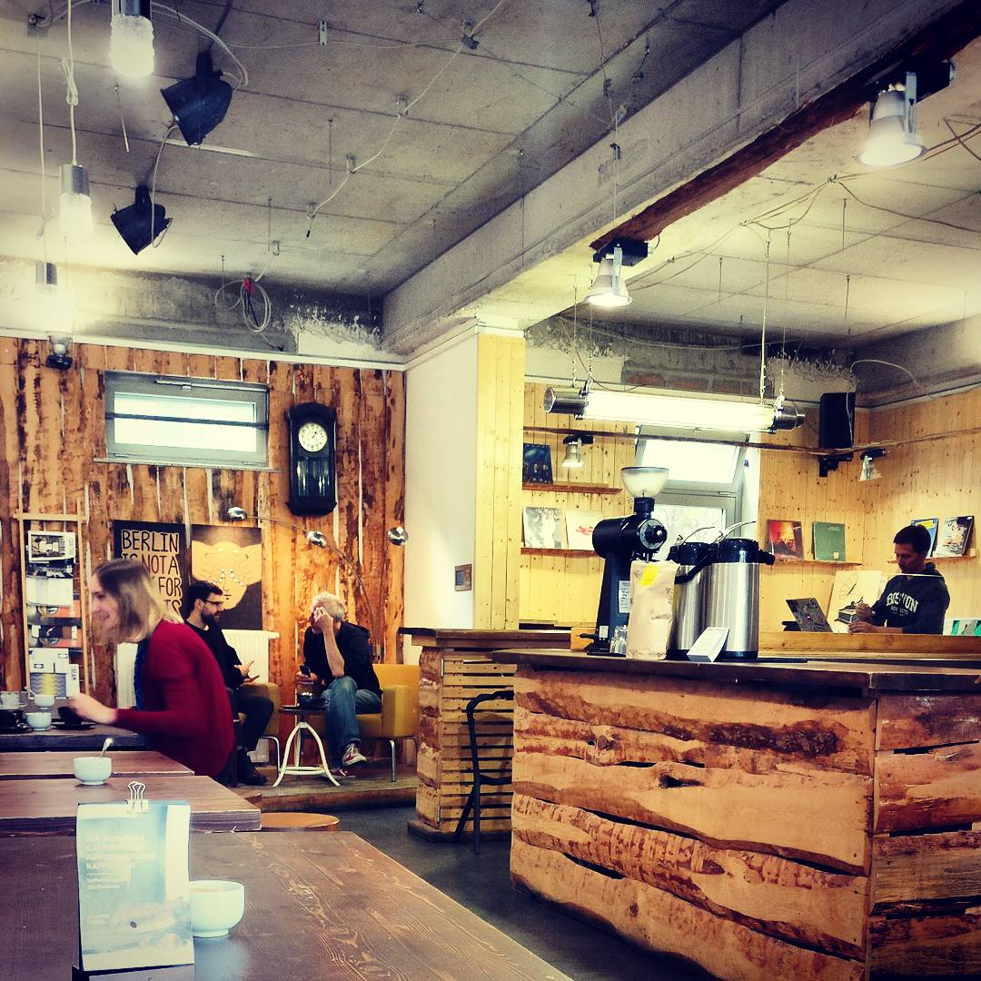 Oslo Kaffebar: A Work-Friendly Place in Berlin