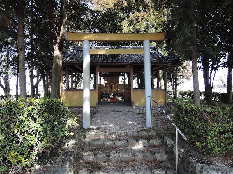 伊勢庭神社