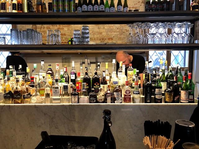 We Bar