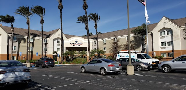 Sonesta Simply Suites Orange County Airport
