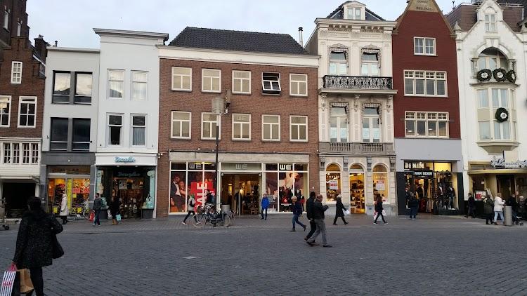 Parfumerie Douglas Den Bosch 's-Hertogenbosch