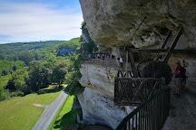 Roque Saint-Christophe Fort et Cite Troglodytiques, Peyzac-le-Moustier, France