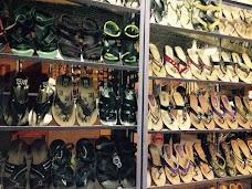 Famous Foot Wear hyderabad
