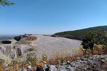 Monumento Natural das Pegadas da Serra de Aire, Ourem, Portugal