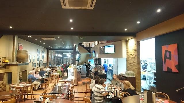 Colombo's Family Restaurant