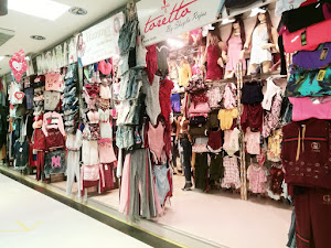 dkhats fashion boutique 1