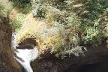 Punchbowl Falls, Hood River, United States
