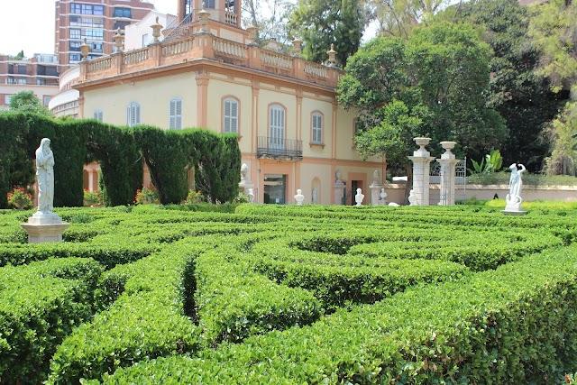 Palacio y Jardines de Monforte