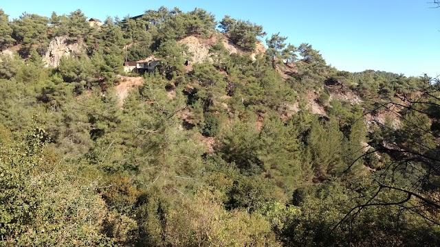 Millomeris waterfalls trail
