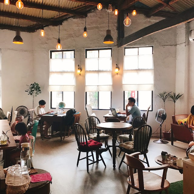 Triangle Garden Cafe