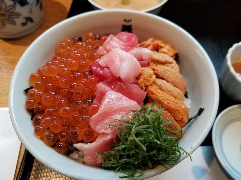 魚忠(うおちゅう)