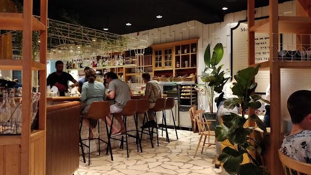 Benedict Restaurant