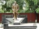 Памятник Андрею Платонову, проспект Революции на фото Воронежа