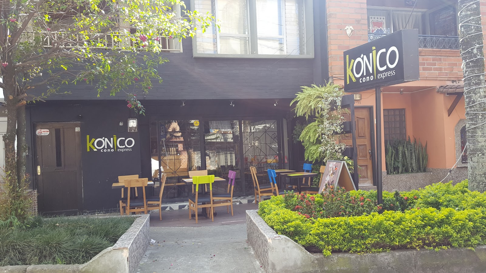 Cocolatte Café: A Work-Friendly Place in Medellin