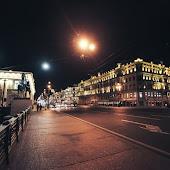 Станция метро  Nevsky Prospekt