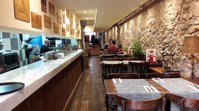 Guell Tapas Restaurant