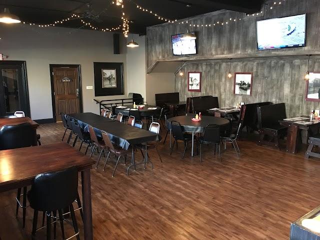 Black Horse Tavern & Grille