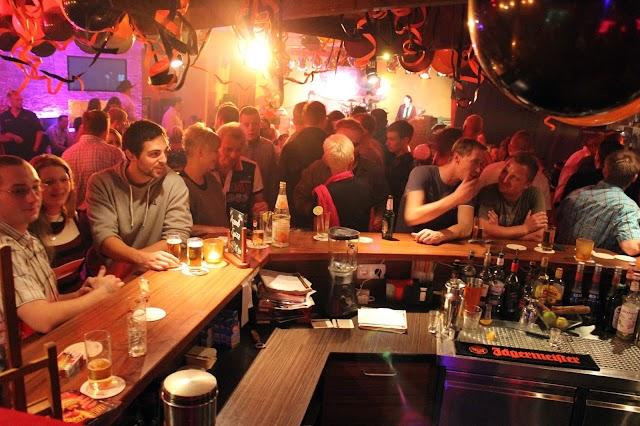 Groove Bar & Lounge
