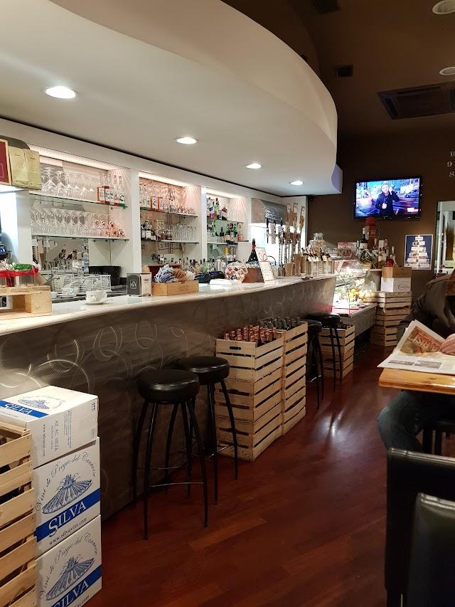 Il Baretto Cafe Wine & Lounge Bar