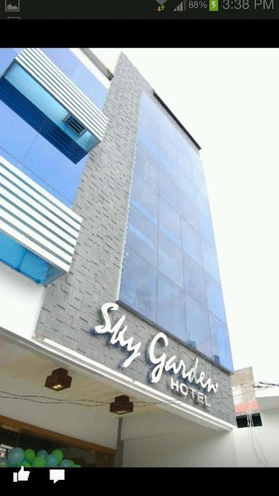... Sky Garden Hotel ...