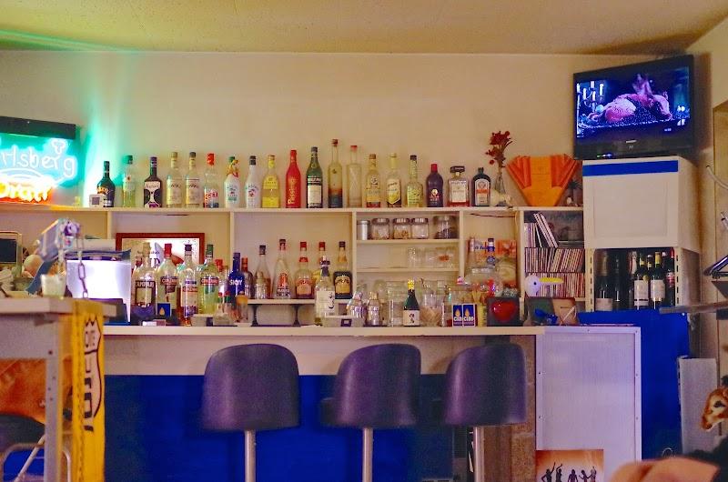 京橋 cafe/bar blue