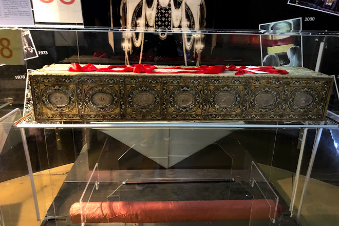 Visit Museum of the Holy Shroud (Museo della Sindone) on